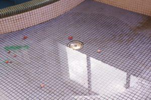 亀岡商工会館 風呂場